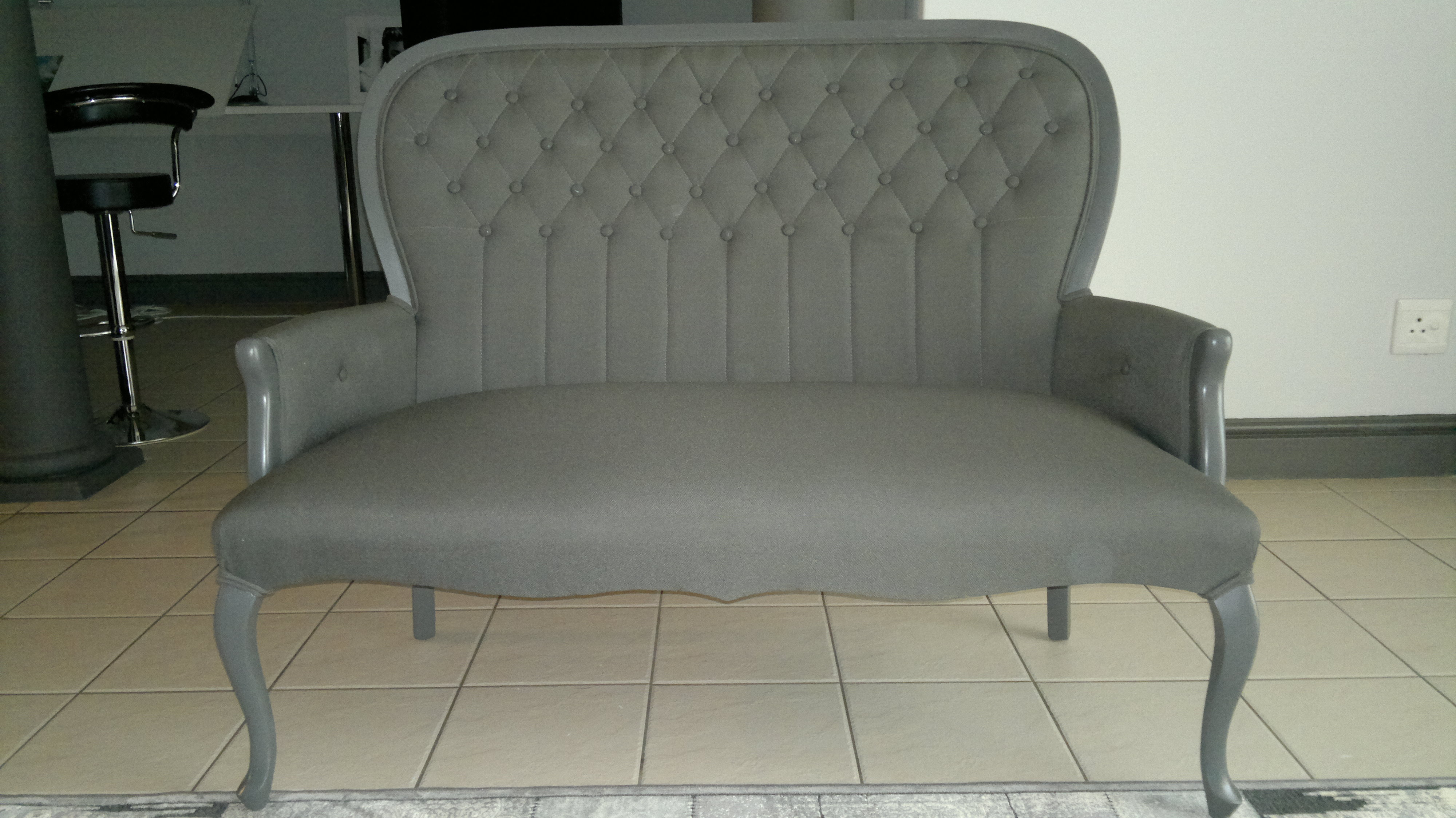 Fabric queen anne sofa grey upholstery cape town for Recover furniture cape town