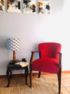 fabric arm chair with scallop back - red velvet